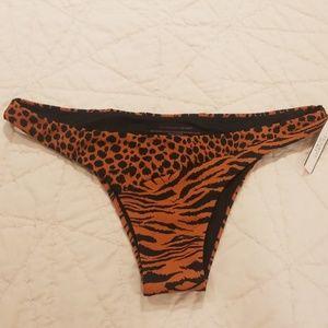 Victoria's Secret Itsy Bottom Size M NWT